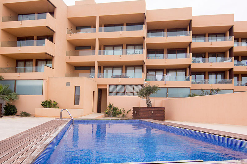 Spacious apartment in Playa d'en Bossa for sale
