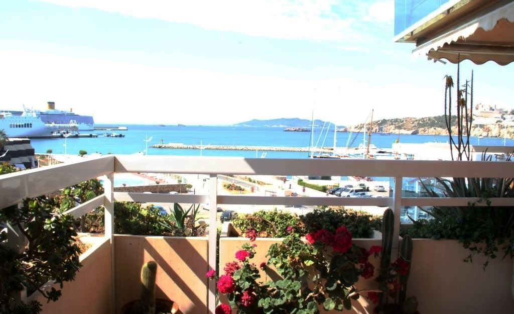 Three Bedroom Penthouse in Talamanca and Marina Botafoch