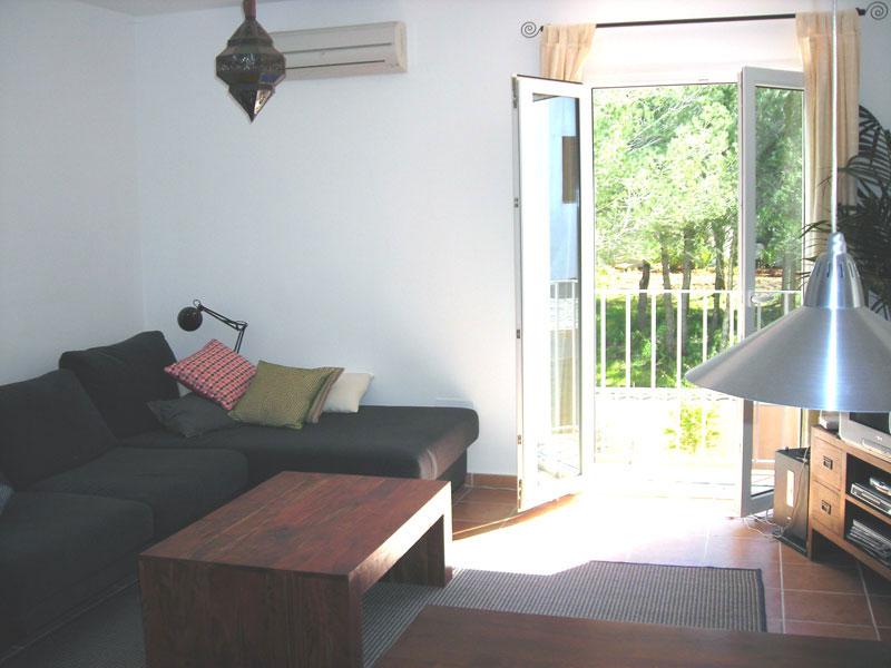 Cozy two bedroom apartment in Santa Gertrudis