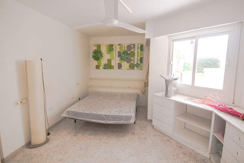 Cozy modern one bedroom apartment for sale on the outskirts of Ibiza