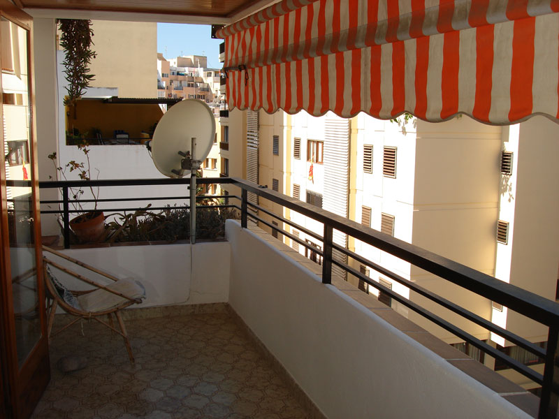 Three bedroom apartment in the city Ibizas