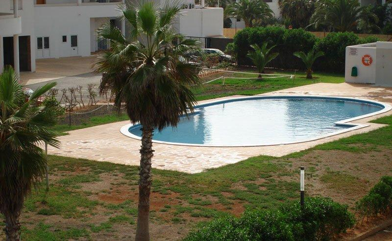 Beautiful one bedroom apartment in Playa d'en Bossa for sale