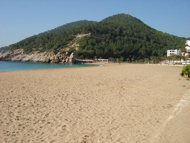 This one bedroom apartment in Cala San Vicente for sale
