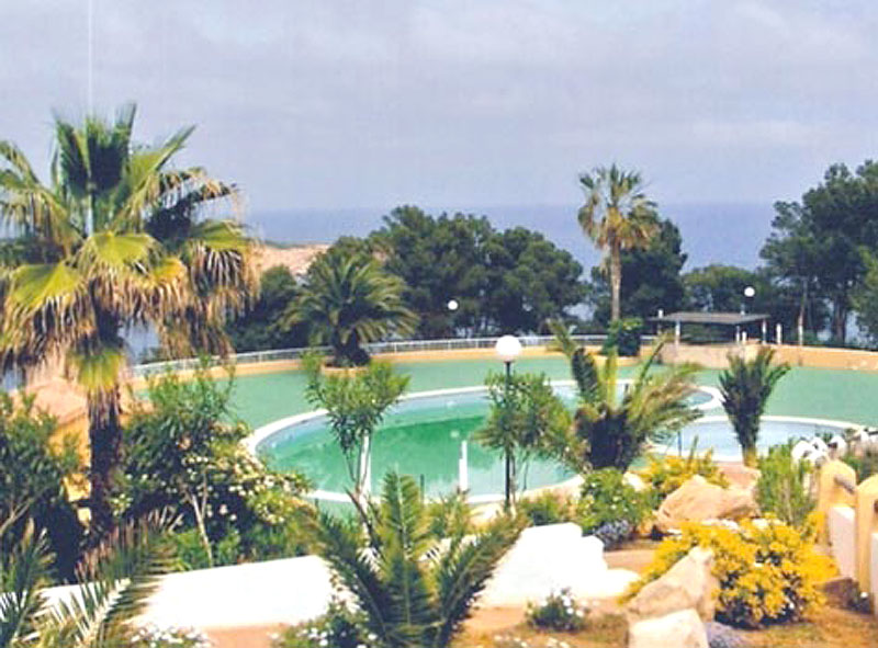 Cozy 1 bedroom apartment in Cala San Vicente for sale