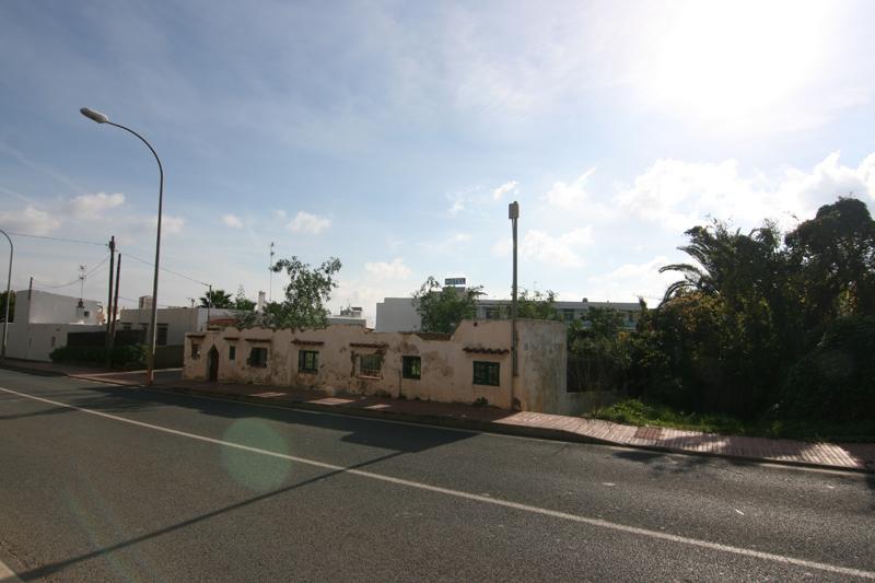 Nice plot for sale in Santa Eulalia