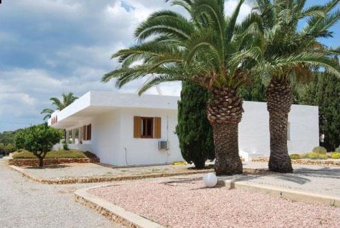 Fourth bedroom Villa Sa Caleta and Cala Jondal for sale