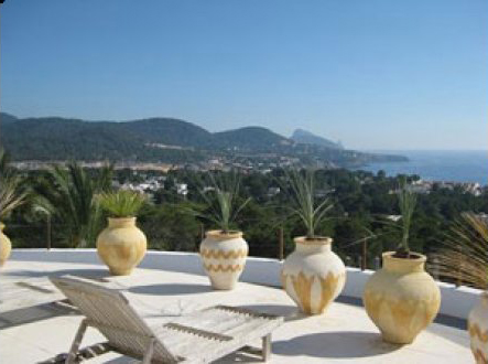 Six  Bedroom House for sale in Cala Tarida