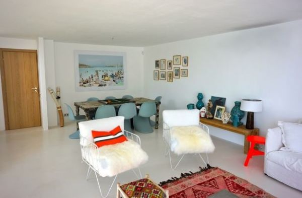 Six  Bedroom House in Cala Moli for sale