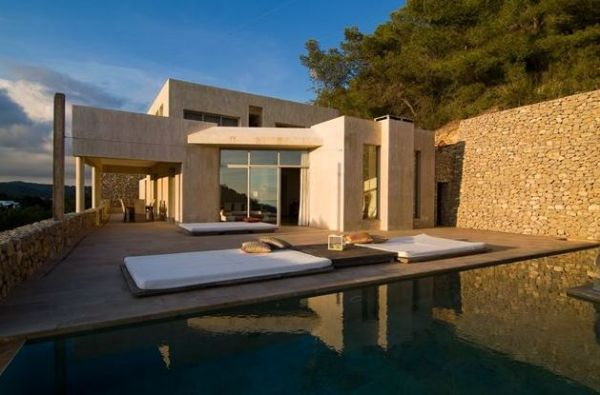 Minimalist Villa Luxury Five Bedroom Roca Lisa For Sale