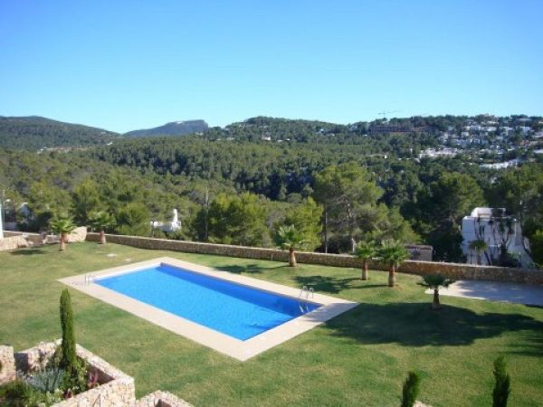Luxury four bedroom Villa in Cala Vadella for sale