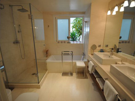 Exclusive condominium in San Carlos for sale