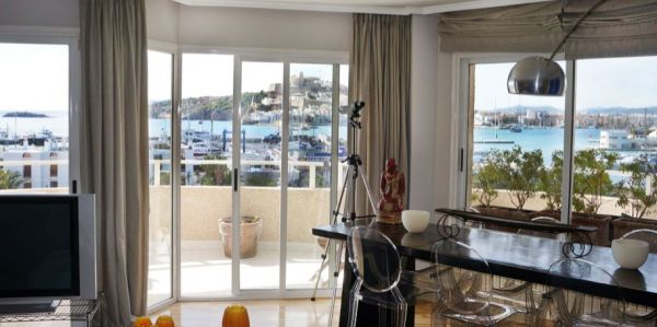 Cozy two bedroom apartment for sale in Marina Botafoch