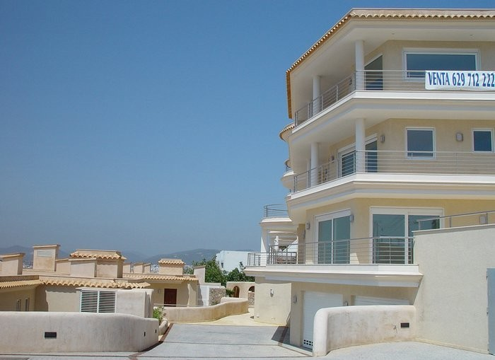 Luxury apartment in Residencia El Castillo in Los Molinos for sale