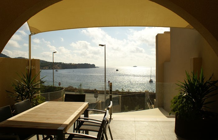 Three Bedroom Flats for sale in Marina Botafoch