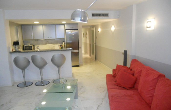 Luxury beautiful apartment with two bedrooms in Marina Botafoch for sale