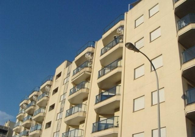 Apartment with one nice bedroom for sale in Marina Botafoch