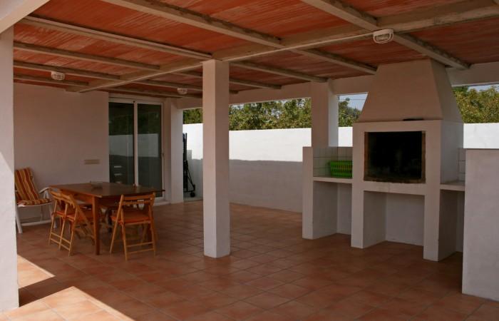 It sells big house on the road to Sa Caleta
