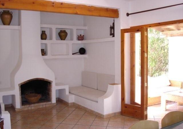 Rustic three bedroom villa in Las Salinas for sale