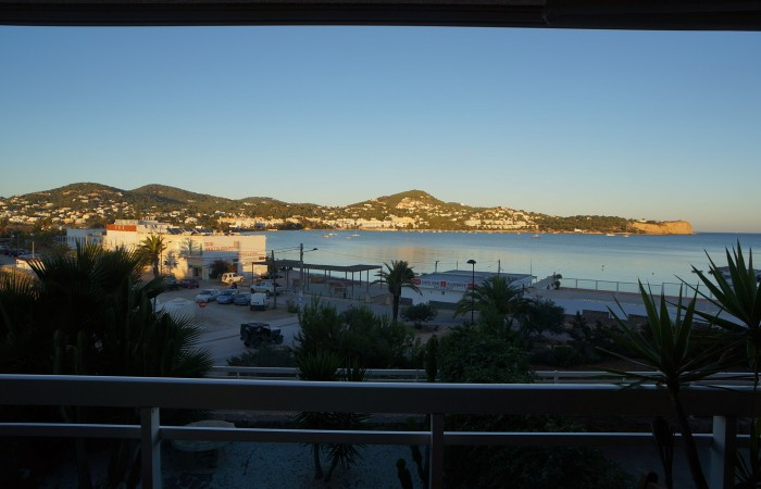 Lovely three bedroom apartment in Marina Botafoch to sale