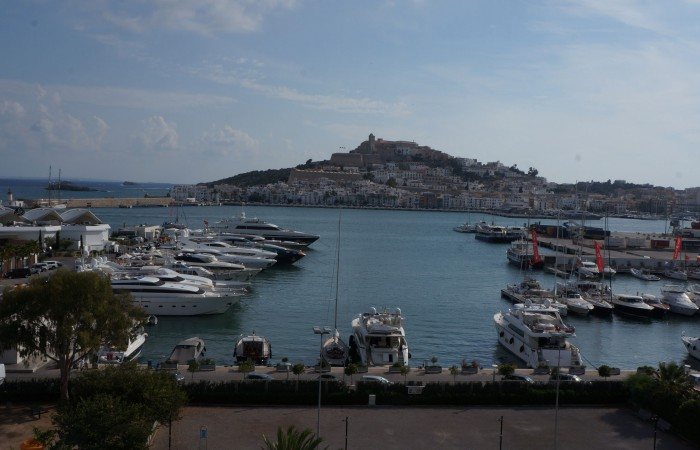 Beautiful penthouse in Marina Botafoch in Ibiza for sale