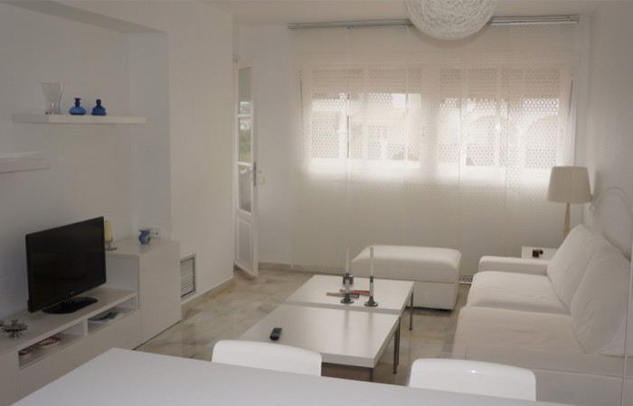 Beautiful renovated 1 bedroom apartment for sale in Marina Botafoch