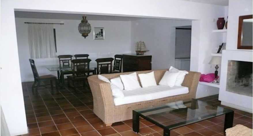 Villa in Sa Carroca Ibiza for sale for bargin price