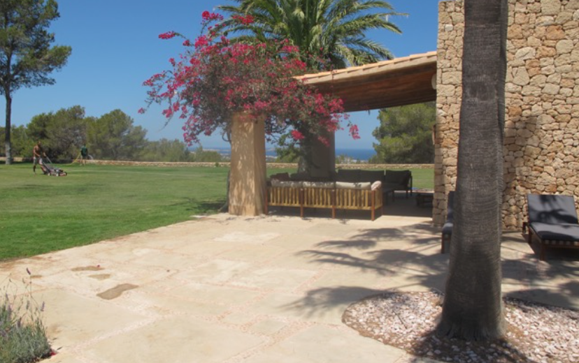 Villa with marvellous sea and sunset views in Benimussa for sale