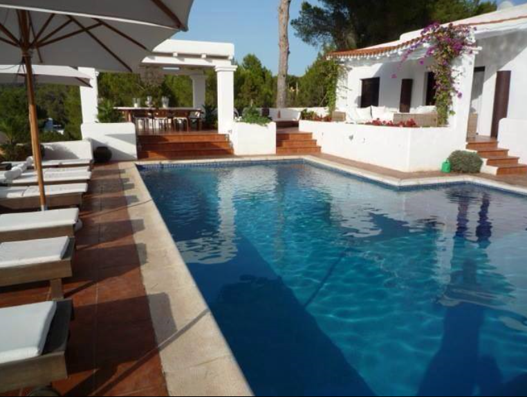 Villa with 4 bedrooms near to Cala Tarida with amazing views