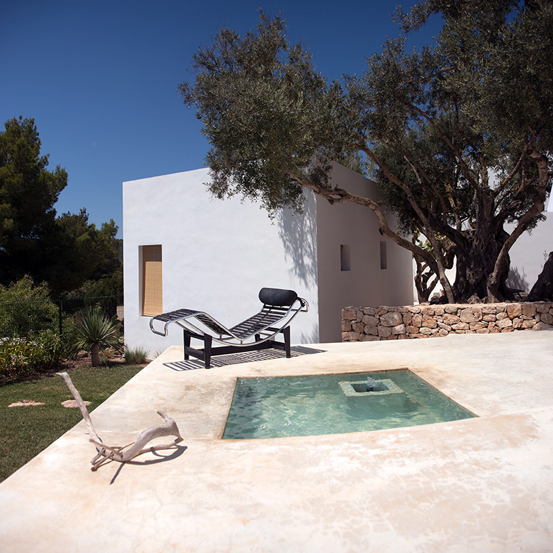 Beautiful and modern villa with sea view overlooking Porroig and Formentera