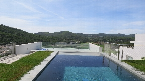 New house overlooking Cala Llonga beach