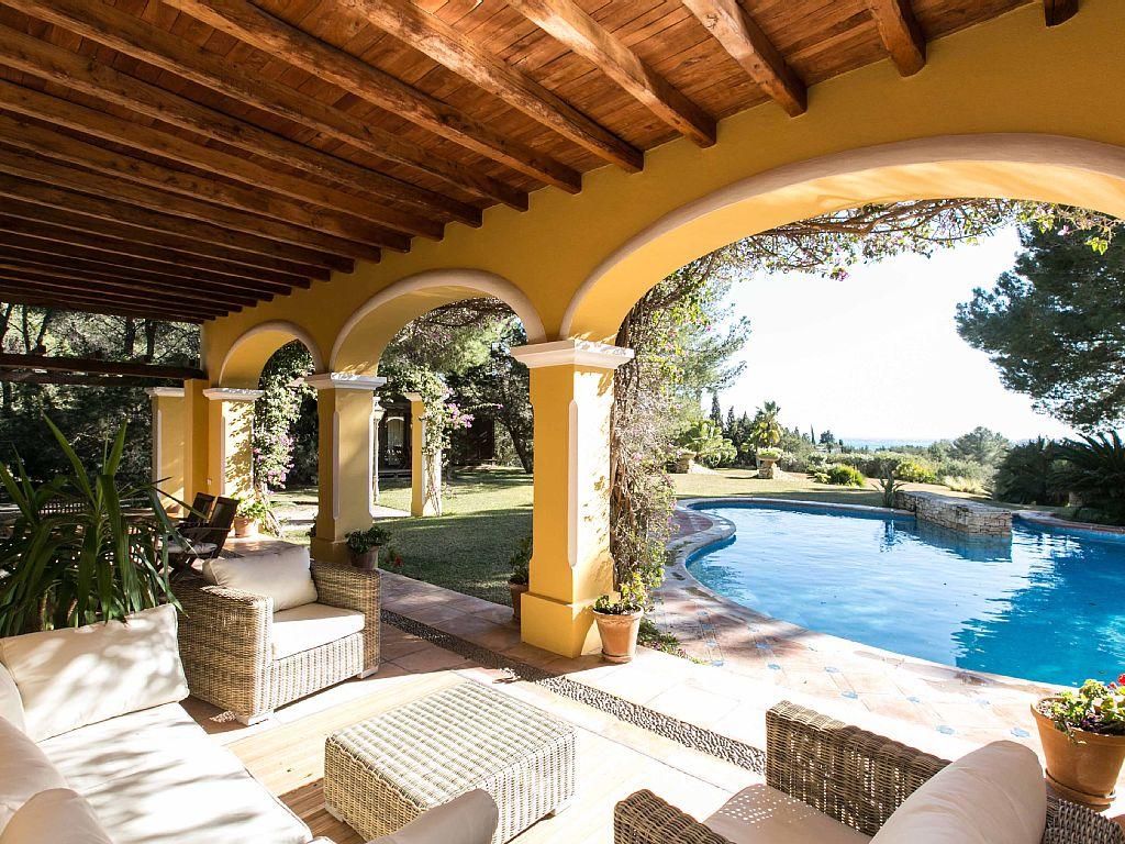 Luxury three bedroom villa in Cala Jondal