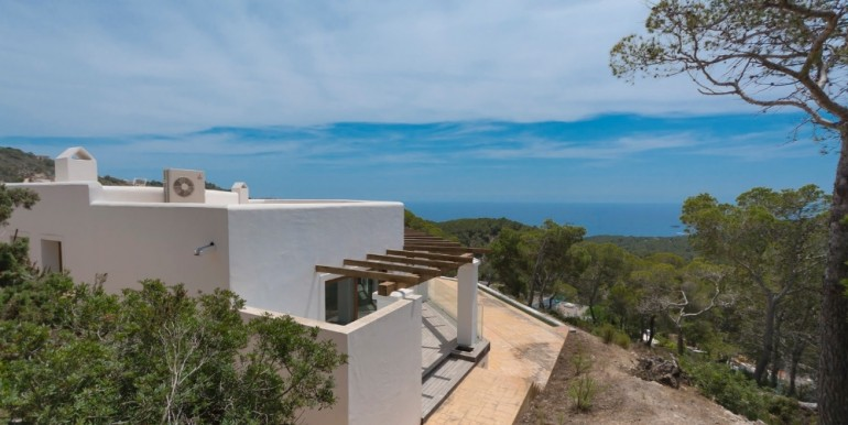 Villa in sought-after location with sea and countryside views - S'Estanyol
