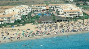 Three Star Hotel in Ibiza for sale with 500 rooms