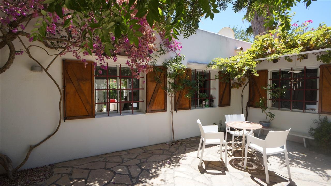Charming newly renovated house in Cala Llonga