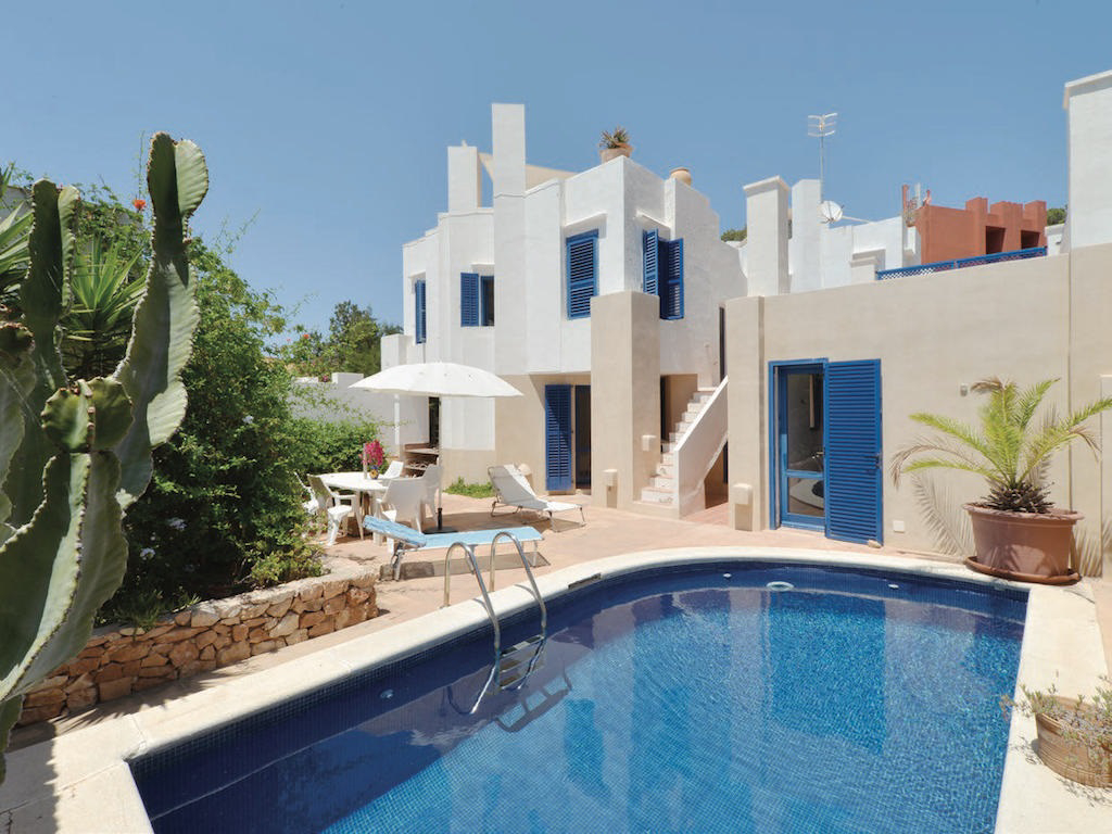Villa for sale in Caló d'en Real in San José Ibiza