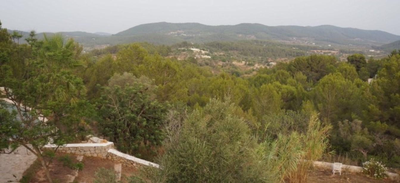 Ancient village of Santa Inés for sale