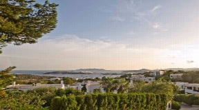 Urban plot 1,677m2  for sale in Jesus with views