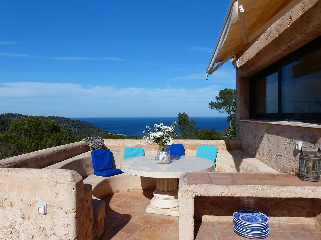 Exclusive villa with sea views in Cala de Sant Vicent, Ibiza