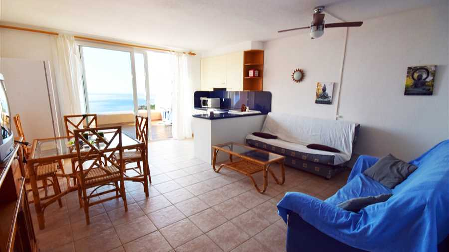 Penthouse in front of the sea in Cala Tarida