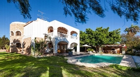 Charming Villas with 4 bedrooms in Sa Carroca