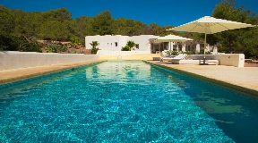Beautiful totally renovated Finca in 3 km from Ibiza for rent