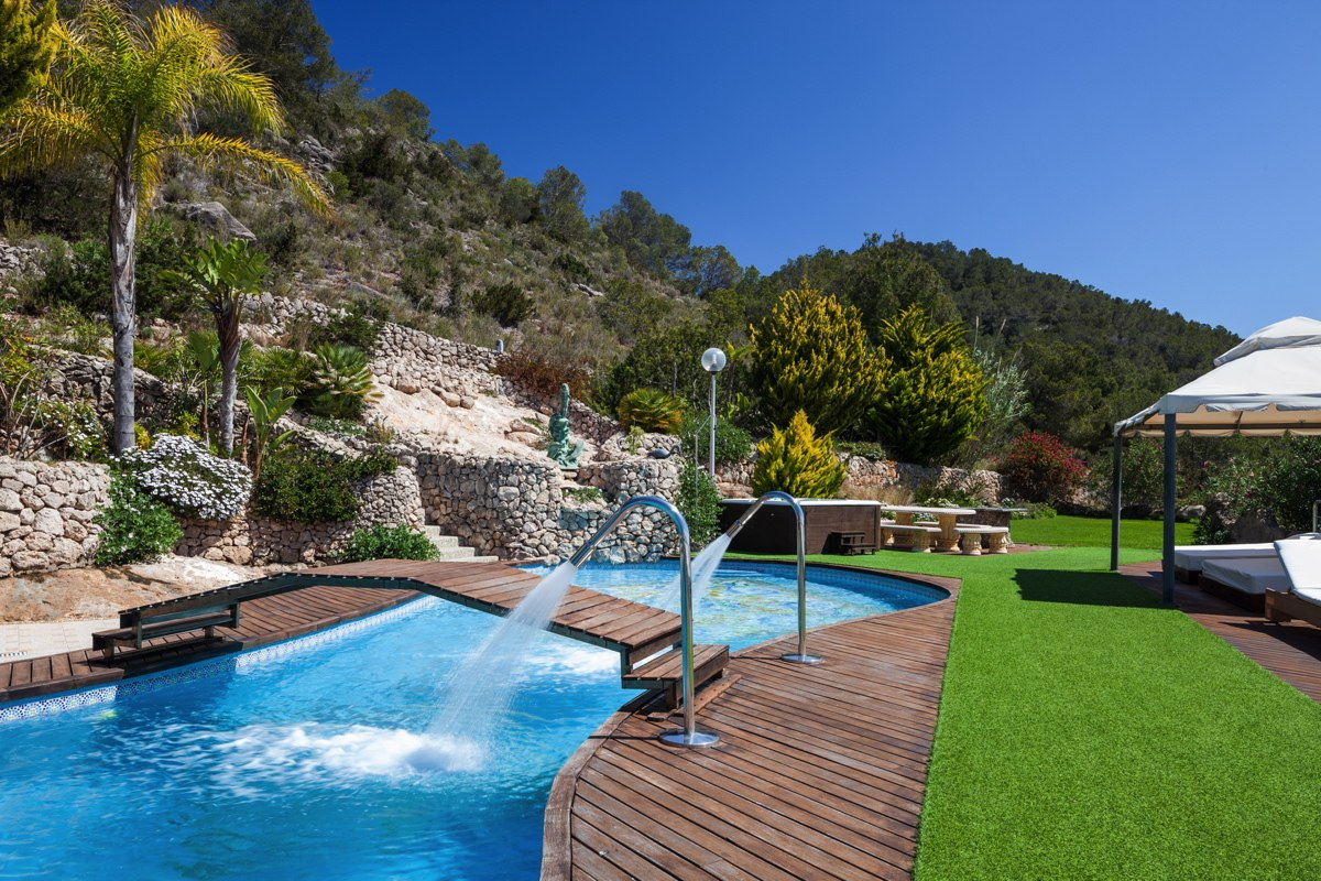Incredible Villa placed on a hill in Sa Carroca, Ibiza for rent