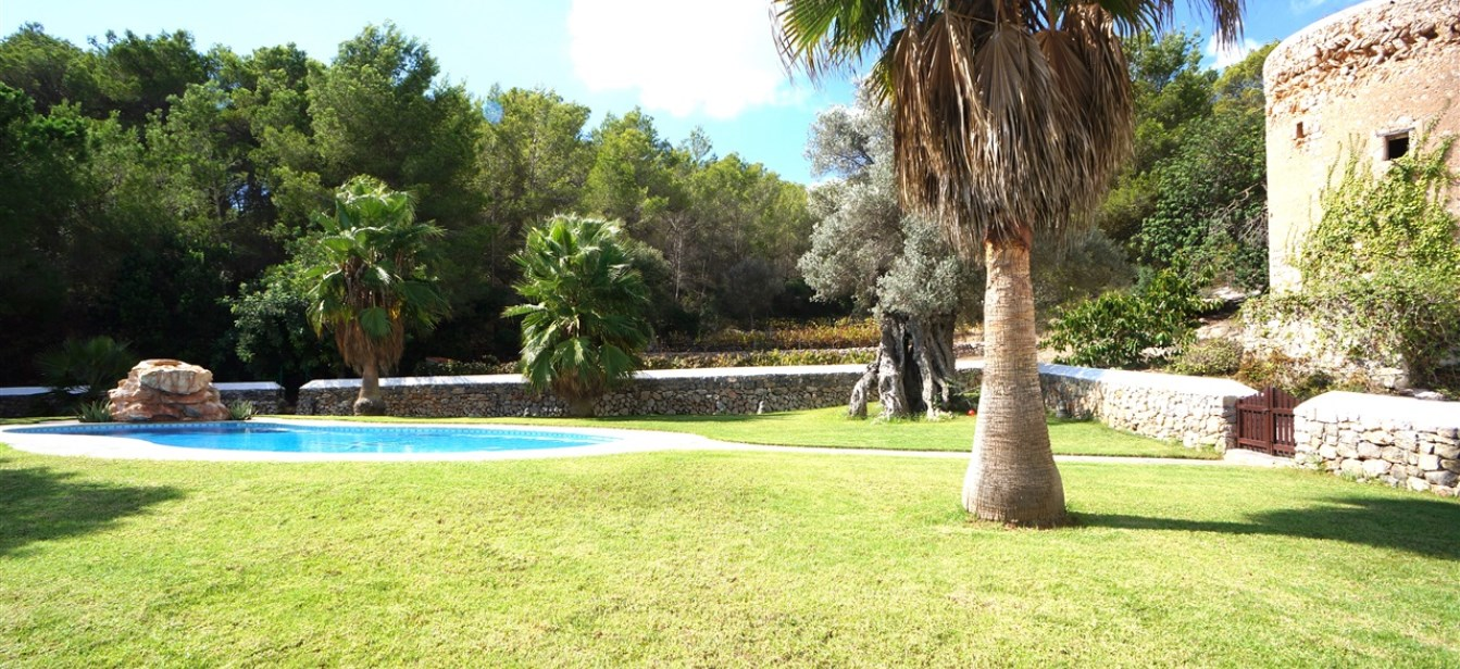Newly renovated finca with historic tower near Ibiza town