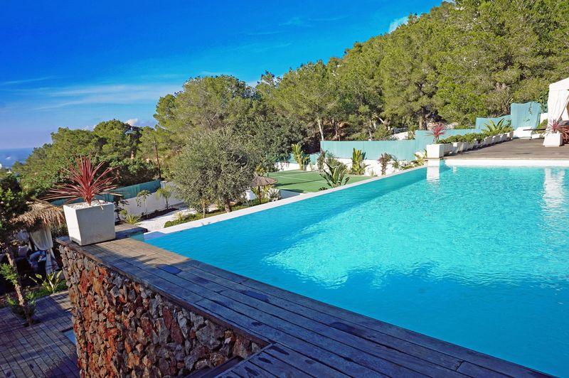 Luxury 6 bedroom villa for sale in Cala Salada with fantastic views
