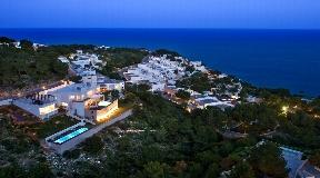 Luxury Villas in Roca Llisa with spectacular views of the sea