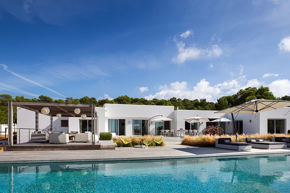 Modern And Elegant Luxury Villa With Sea View In Cala Comta