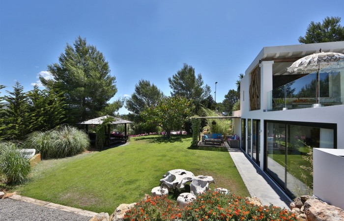 Luxury villa for sale on Ibiza in San Lorenzo