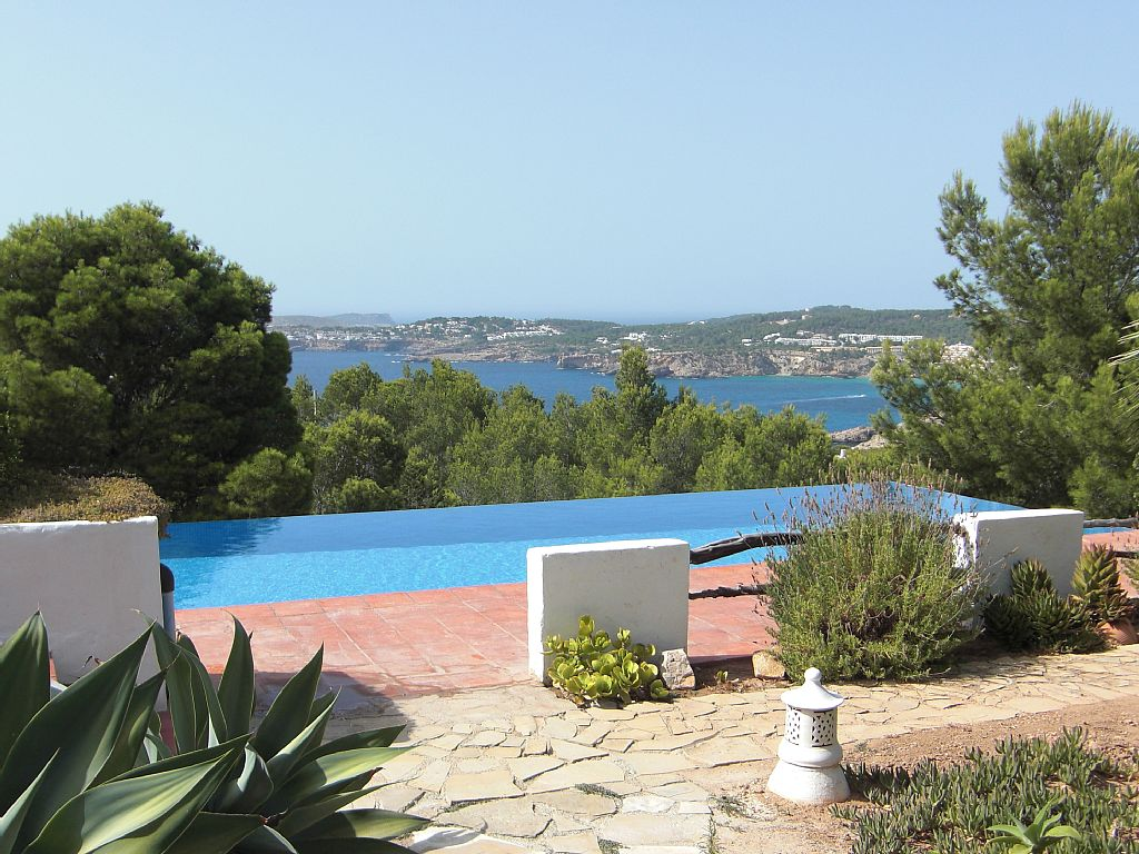 Spacious villa with magnificent sea views in Cala Moli for sale