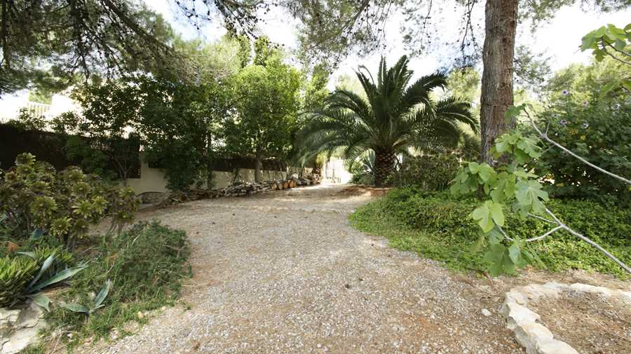 House with 4 rooms near Ibiza for sale