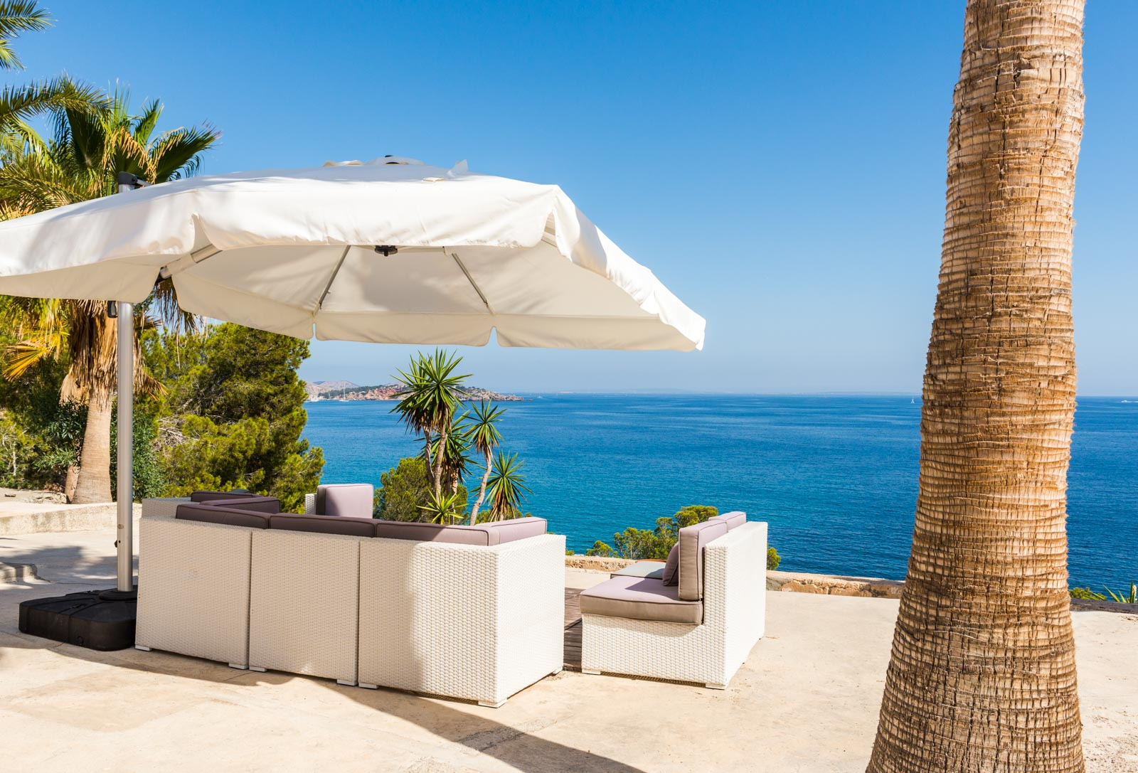 Exclusive frontline villa with private sea access in Es Cubells